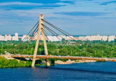 До 28 жовтня частково обмежать рух транспорту на Північному мосту